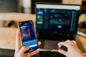 Read more about the article 短期投資「スイングトレード」のやり方と秘密の「売買ルール」を伝授